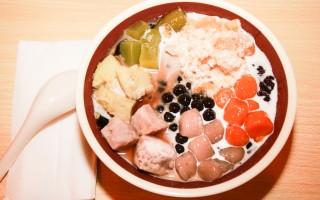 中式甜品在美國也逐漸興起,並改變中餐的未來。(石嵐/大紀元)