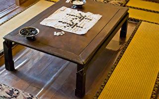 围棋源于中国古代,相传是由尧舜发明的,盛于春秋战国。作为中国传统文化的一部分,中国古人对围棋的看重,绝不仅仅是输赢这么简单。(摄影:王嘉益 / 大纪元)