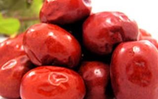 大紅棗是無人不知的補血最佳食材,但它不止是補血,不同吃法產生的養生功效多達12種。(網絡圖片)