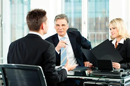 """一些""""烧脑""""问题往往是雇主判断受试者在工作压力下如何表现的试金石。(Fotolia)"""
