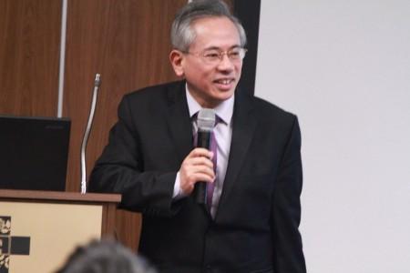 曾任中華民國衛生福利部部長的集團執行長邱文達。(張岳/大紀元)