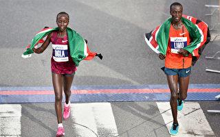2011年耐克公司(Nike)与肯尼亚田径队之间的一项合同引起外界对耐克公司的关注。图为肯尼亚选手利缪(Daniel Limo )和基麦友(Ogla Kimaiyo)分别获得男女组冠军。(Jonathan Moore/Getty Images)
