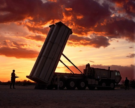韩国和美国周五(3月4日)准备启动导弹防御系统萨德的谈判,以遏制朝鲜日益增加的威胁。(Lockheed Martin)