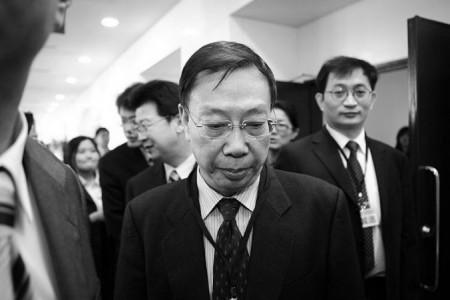 圖為黃潔夫2010年在台北出席會議。因黃涉中共活摘器官罪,同年香港大學授予其榮譽博士學位的舉動招致該校學生的批評。(宋碧龍/大紀元)