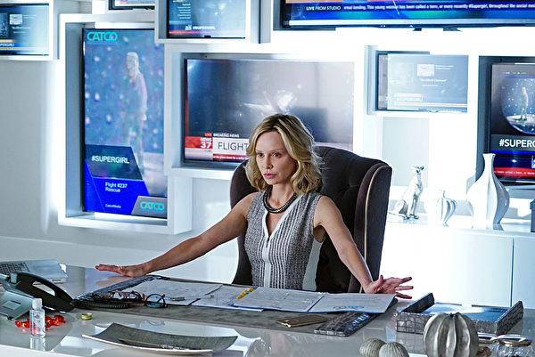 同款黑色轉椅在電視劇《女超人》SuperGirl_Pilot中酷酷登場。(Christopher Guy提供)