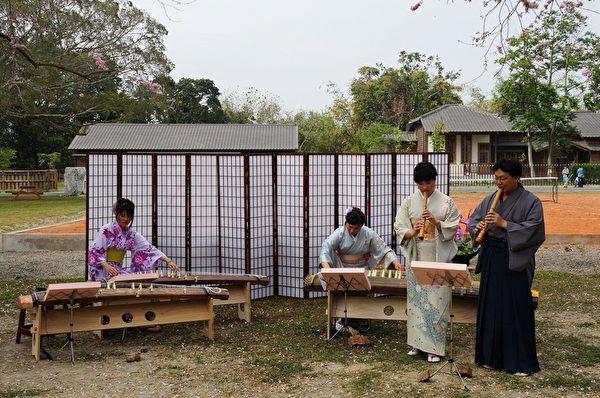 彈日本箏表演。(嘉南農田水利會嘉義分會提供)