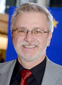 德国欧洲议员米歇尔‧迦勒(Michael GAHLER)(官方网站)