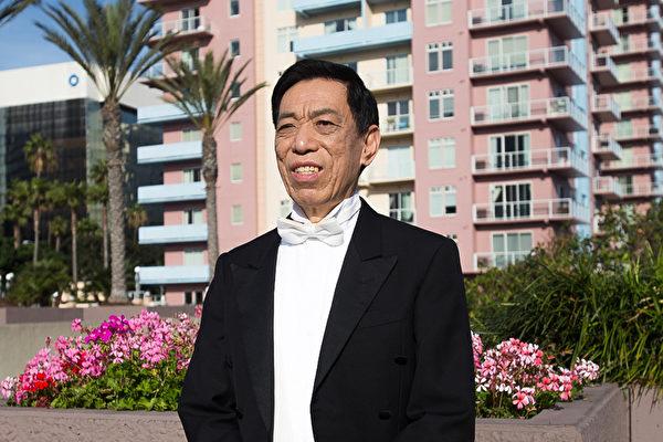 中國歌王關貴敏洛城展絕世唱法 談神韻非凡意義