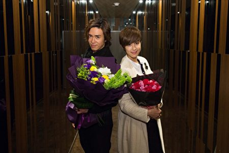 陳楚河(左)、賴雅妍《愛上哥們》亞洲巡迴見面會台北首場見面會圓滿落幕。(三立提供)