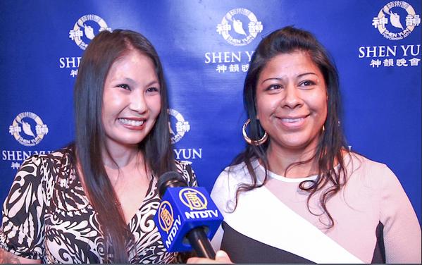 酒店经理Maria Lopez女士和友人Elvia Garcia称赞神韵节目带给人心灵的震撼和启迪。(陈香君/大纪元)