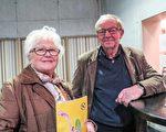 舞蹈老师Lilian Hausentrait和丈夫Julien Tremery观赏了3月23日比利时布鲁日的神韵演出。(文华/大纪元)