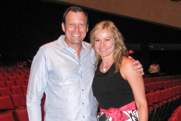 Marsha和Michael夫妇观赏了神韵演出后表示,神韵提醒我们人来到地球上是有原因的。(方圆/大纪元)