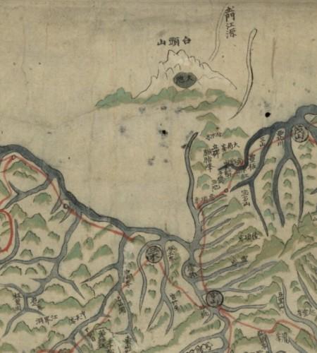 朝鮮古地圖《東國八域山川一覽全圖》(1869年),天池在中國境內(圖中的「土門江源」實為今天的松花江源)(網絡圖片)