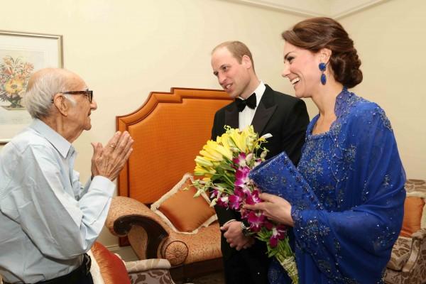 推特助力 印度93岁王室迷和威廉凯特见面