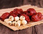 紅棗和蓮子(fotolia)