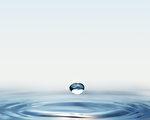 一滴水(Fotolia)