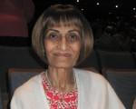安省高檔公寓開發商總裁兼設計師Mumtaz Bhamani於2016年4月24日觀賞了神韻演出,她表示很敬佩神韻的設計。(周月諦/大紀元)