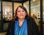Canderan女士觀看了神韻藝術團4月26日晚在密西沙加市演藝中心的首場演出。她說,觀看了神韻,就是重新找回自己的時候。(滕冬育/大紀元)