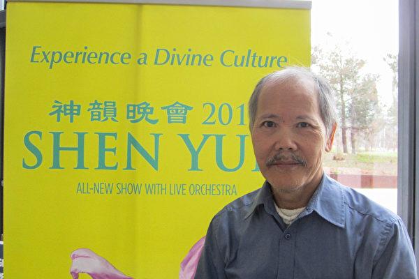 台湾摄影师梁清详先生翘起大拇指连续表示,