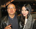 韓國商人KennethKim和女兒Elisabeth一起來觀看了當晚的演出,父女倆都對神韻展現的精神內涵相當喜歡。(李佳/大紀元)