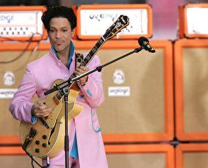 王子2006年演出资料照。(Peter Kramer/Getty Images)