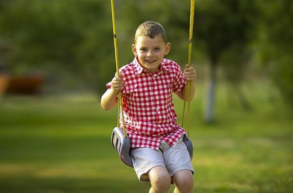 一个12岁的多动症男孩只改变饮食结构两个月,就彻底告别了七个无效疗程、获得完全康复。(pixabay)