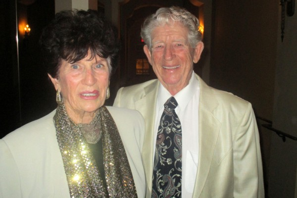 知名马场场主Morris Caldwell和太太Patricia Caldwell于2016年4月29日晚观赏了神韵纽约艺术团今年在文化名城圣巴巴拉(Santa Barbara)的首次演出。(Albert Roman/大纪元)