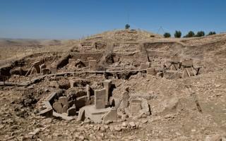 哥貝克力石陣(Göbekli Tepe),一萬二千年前人類最早寺廟的遺跡。(維基百科)