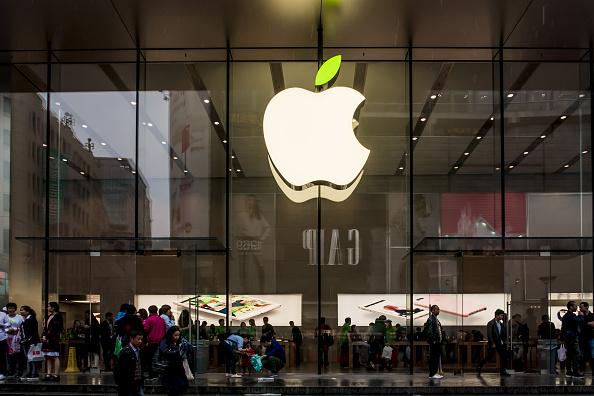 Insurance2GO調查顯示,大約有50%目前使用iPhone的受訪者,將會把機種更新到iPhone 7。(VCG/VCG via Getty Images)