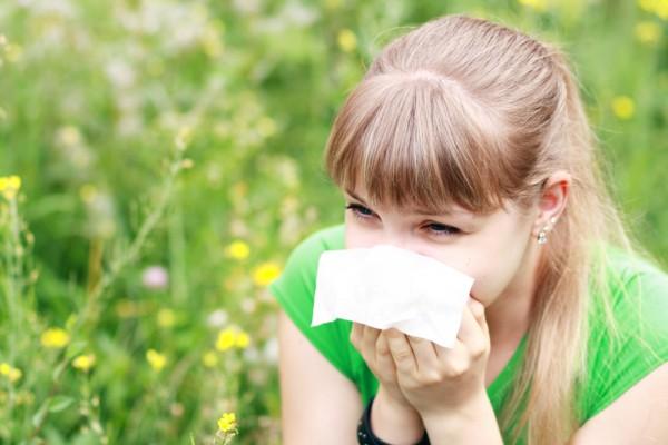 過敏的季節,打噴嚏是最常見的困擾。(Fotolia)