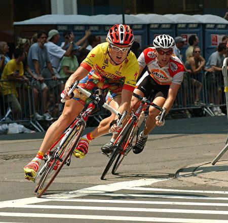 隨著夏季的來臨﹐紐約市將成為適合騎自行車的好地方。 (Photo by Mark Mainz/Getty Images)