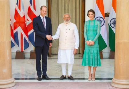 王子夫妇和印度总理莫迪会面。(Dominic Lipinski - Pool/Getty Images)