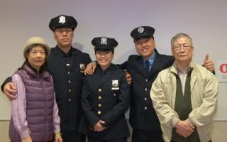 全家都来参加何晓莹的毕业典礼,父亲(右一)说,自己的美国梦实现了。(李凯文/大纪元)