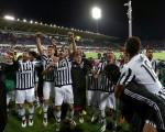 尤文图斯提前三轮卫冕成功,连续五个赛季夺得意甲冠军。(Gabriele Maltinti/Getty Images)