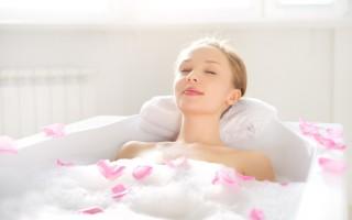 洗澡有益健康,想要洗得健康,时间选择很重要。(Fotolia)