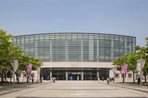 2016年4月30日至5月1日,神韵世界艺术团在全州韩国索里文化艺术殿堂演出三场,全州观众被神韵纯善纯美的内涵深深感动。(全景林/大纪元)