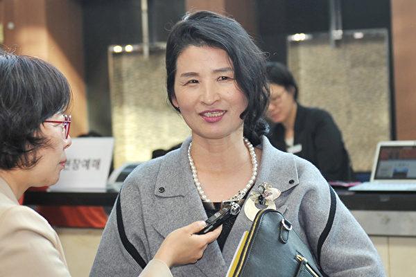 来自朝鲜的艺术家朴序美(音译)。(郑仁权/大纪元)