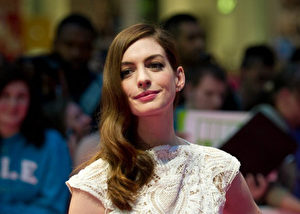 安妮‧海瑟薇(Anne Hathaway)资料照。(GABRIEL BOUYS/Getty Images)