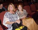 律师行老板Christine Gale女士和室内设计师傅Bobbi Balicki女士,2016年5月11日晚一同观看了神韵纽约艺术团在美国匹兹堡市本尼德表演艺术中心的第2场演出后为之深深赞叹。(良克霖/大纪元)