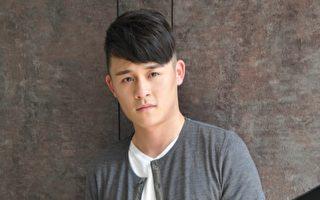大陸新生代歌手長宇發片,首次訪台舉辦粉絲簽唱會,感受到台灣粉絲的熱情。(紅心字會提供)