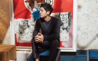 宋仲基最近成为香港杂志的封面之星。(《Harper's BAZAAR》国际中文版提供)
