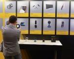 2016台北国际电脑展即将登场,今年共有来自30个国家、1,602家厂商使用5,009个摊位,5月30日记者会上多项指标性产品也吸引了媒体的目光。(中央社)