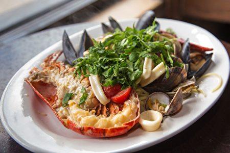 Trattoria 35餐厅提供传统的意大利北部菜肴。