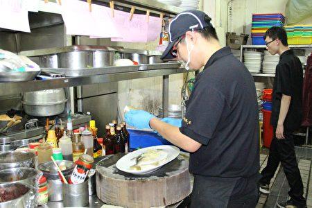餐饮业者常因为餐食制作场所环境卫生不佳,或违规使用食品添加物,而造成食品卫生安全卫生问题。(李撷璎/大纪元)