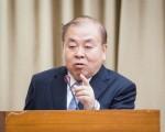 主计总处主计长朱泽民30日表示,以目前数据看来,今年GDP保一应该没问题。(陈柏州 /大纪元)
