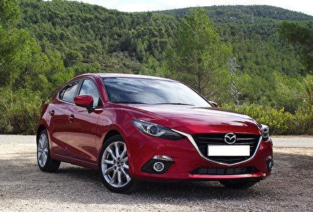 Mazda 3 (維基公有領域,作者: Kickaffe)