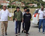 中华民国外交部31日表示,有52名台湾人在土耳其西部城市伊兹密尔(Izmir)涉诈骗遭逮捕,驻处人员已前往了解。(安纳杜鲁新闻社提供)