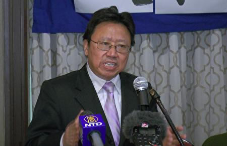 旅美政论家陈破空先生在文革五十周年研讨会上演讲。(骆亚/大纪元)