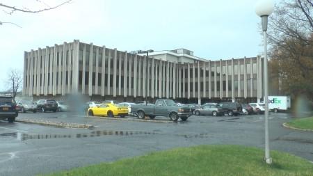北新澤西大學用的地址是新澤西州克蘭福德的一處辦公樓。 (韓瑞/大紀元)