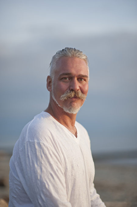 图:西人武术教练Kevin Logan苦寻十多年,终于寻得修炼法轮大法。(摄影:大宇/大纪元)
